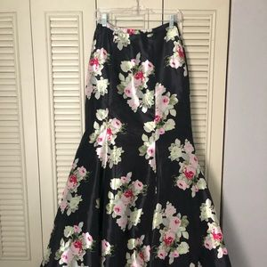 Floral high waisted mermaid skirt with train.